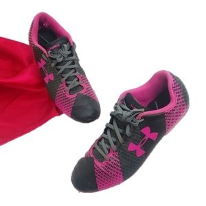 Under Armour Youth Girls Soccer Cleats UA Force